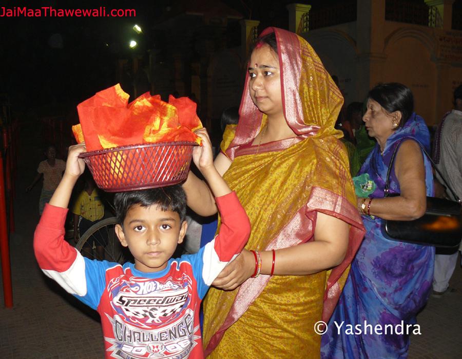 devotee of maa thawewali